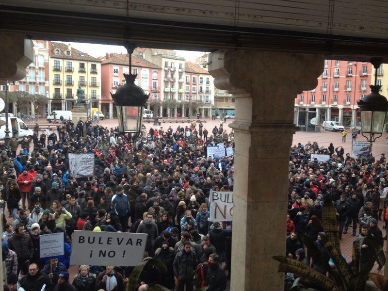 Cocentración frente al Ayuntamiento