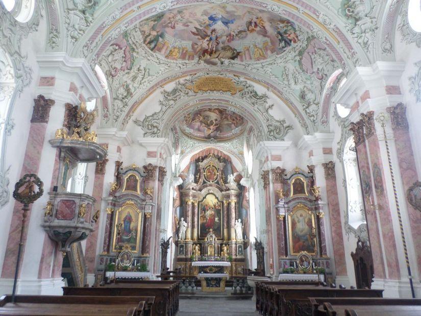 interno della chiesa di San Michele a San Candido in Alta Pusteria