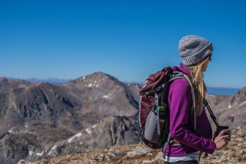 cosa metto nello zaino per un trekking di un giorno?