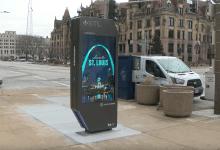 Photo of Nuevos Kioscos digitales aparecen en las calles del centro de St.Louis