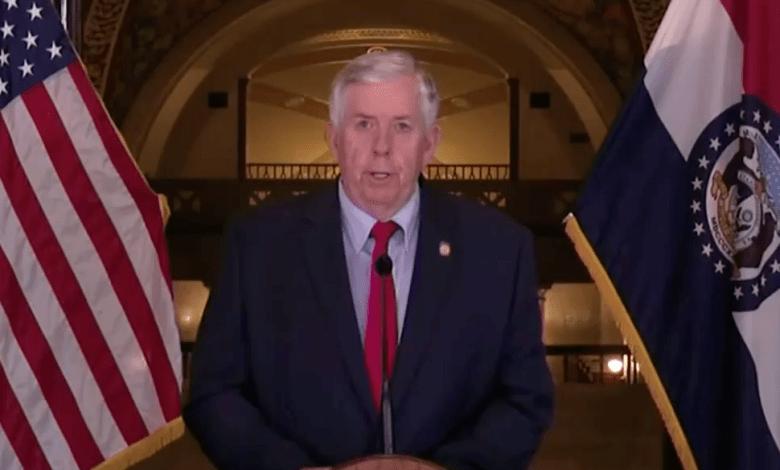 Gobernador de Missouri en Rueda de Prensa el 1 de Abril, 2020