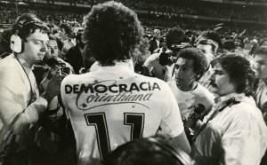 Socrates con la maglia del Corinthians
