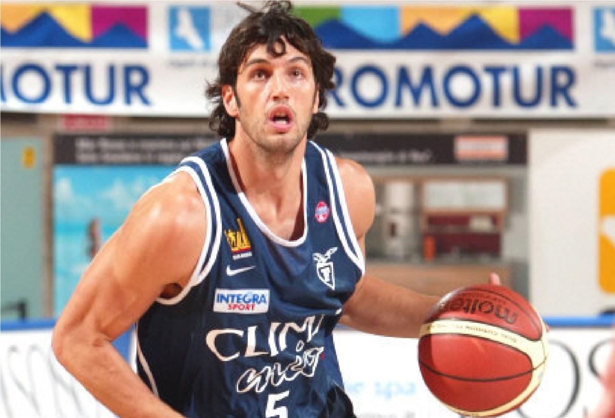 Storie di sport - Gianluca Basile, il basket e la tripla ignorante