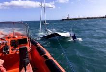 Photo of Embarcação virou com quatro tripulantes a bordo em Cascais
