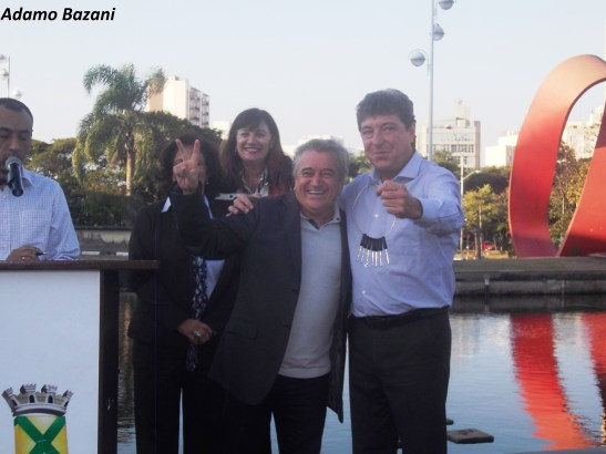 Ozias Vaz, Carlos Grana