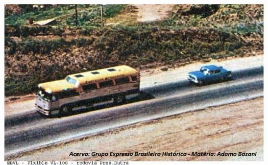 Ônibus na Expresso Brasileiro em operação pela Rodovia Presidente Dutra