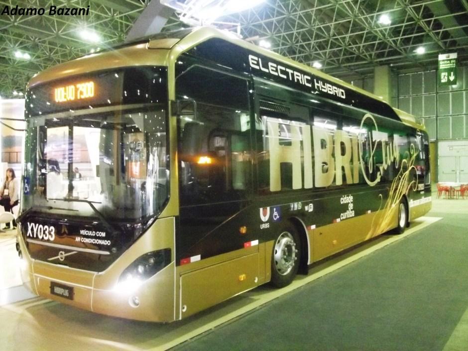 Ônibus Híbrido importado testado em linha da cidade pode compor sistema proposto