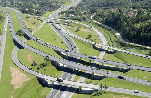 Qualidade das rodovias piora em 2017, aponta CNT