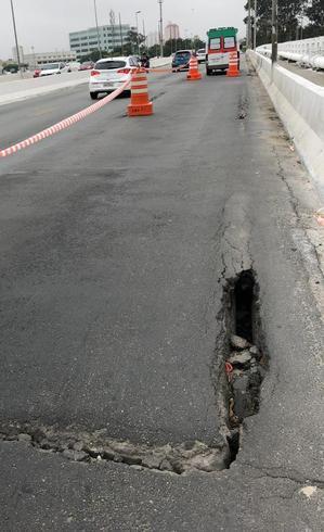 interdicao-ponte-do-limao-buraco-20112018171754933