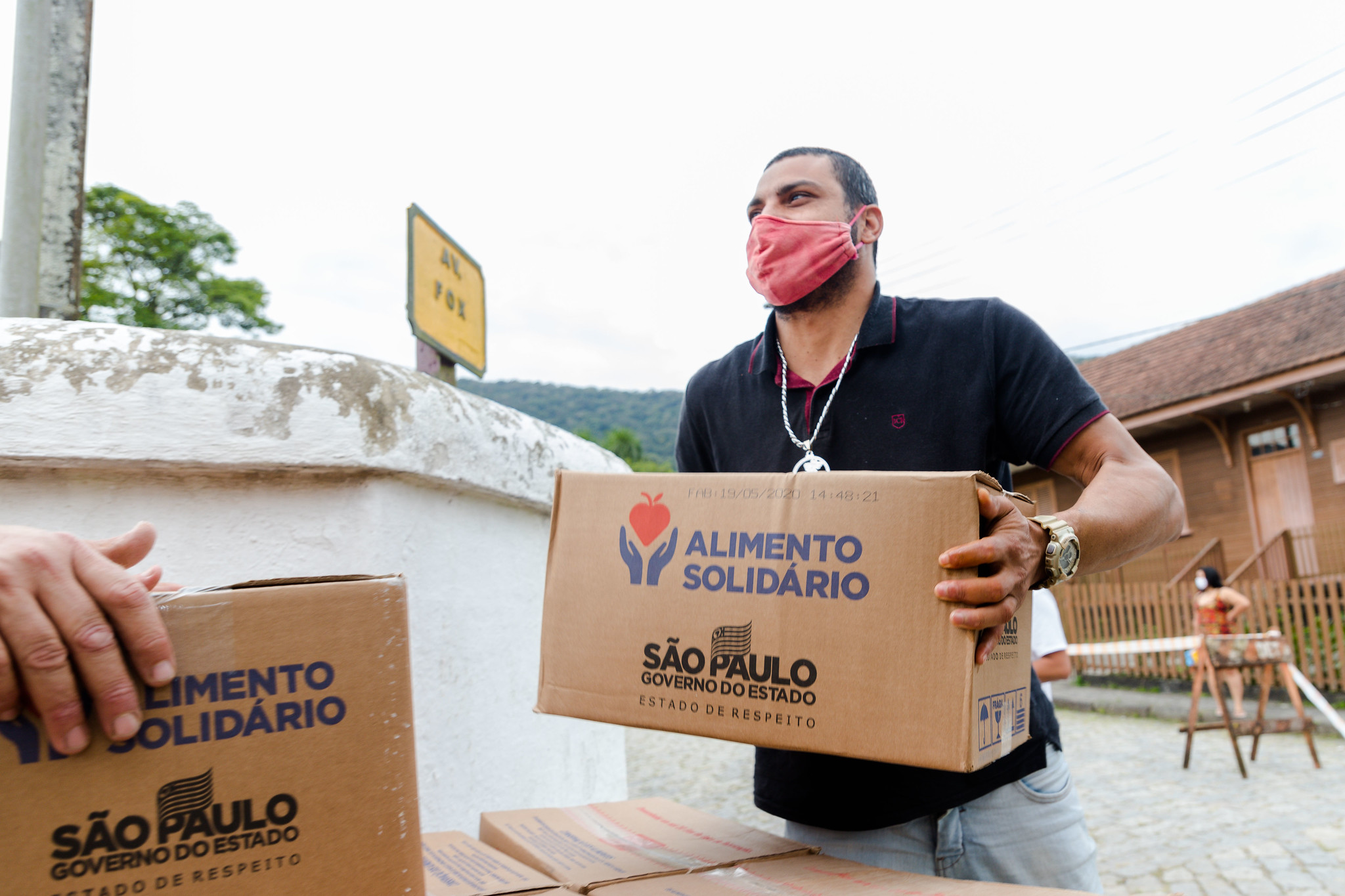 Entrega cestas e máscaras Paranapiacaba - Foto - Alex Cavanha_PSA (1)