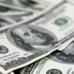 Dólar despenca mais de 5,5% ante real, maior queda em quase 10 anos