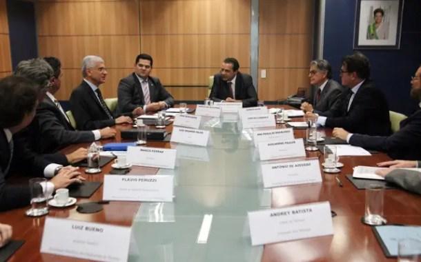 Ministério do Turismo discute revisão da tributação sobre o setor