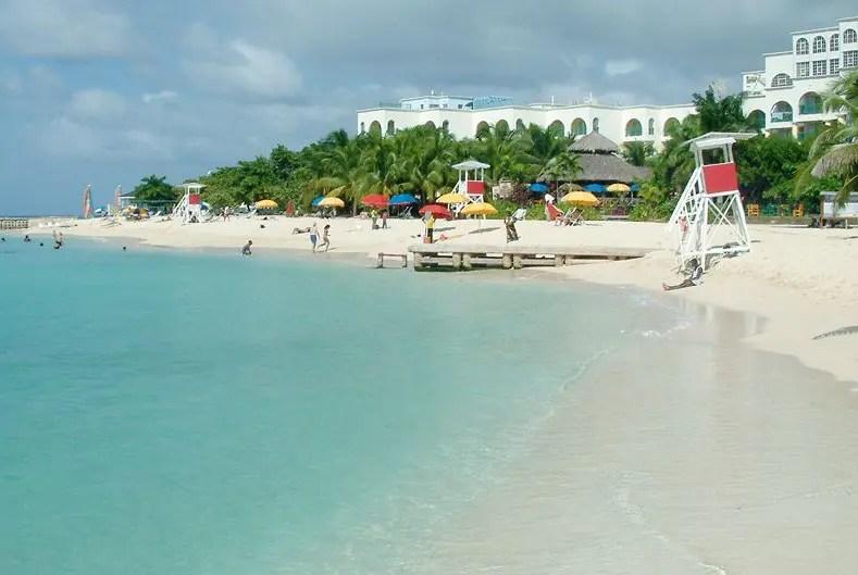 Jamaica anuncia que reabre as fronteiras internacionais em 15 de junho