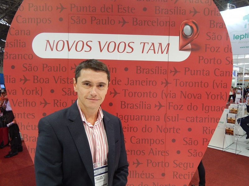 Igor Miranda, da TAM, reforça novo voo e marca LATAM na 43ª Abav