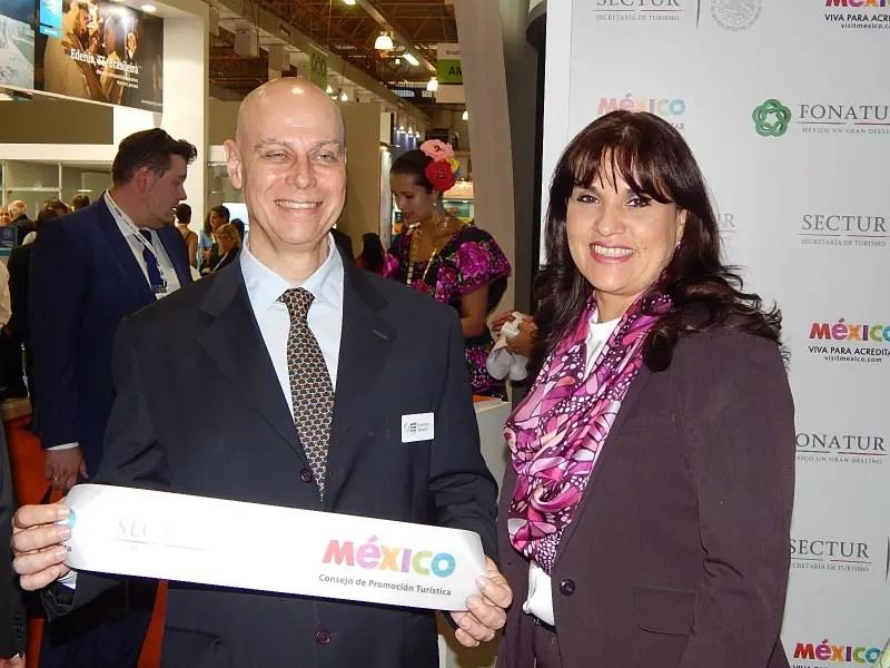 Lawrence Reisch, diretor da WTM LA, e Cecilia Cruz, diretora geral da CPTM