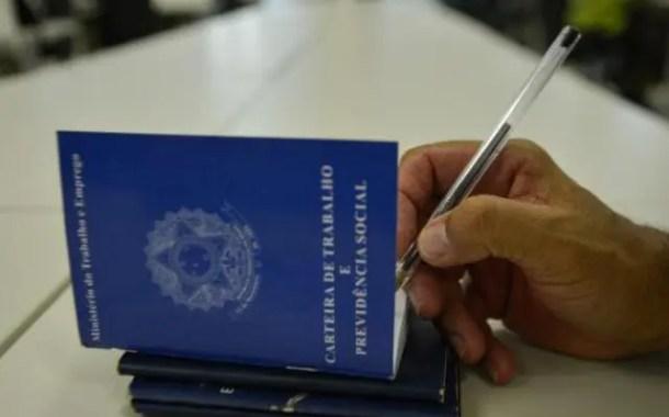 Taxa de desemprego no país se mantém em 13,3%, diz IBGE