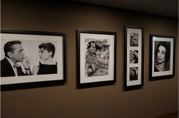 Ala com quadros das personalidades que estiveram no Bürgenstock Hotels & Resort