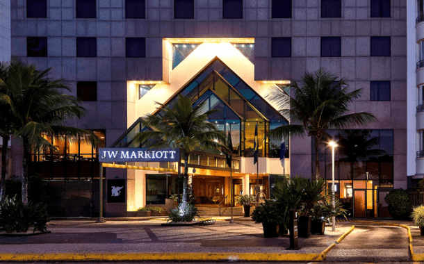 JW Marriott tem feijoada carnavalesca exclusiva com vista para o mar