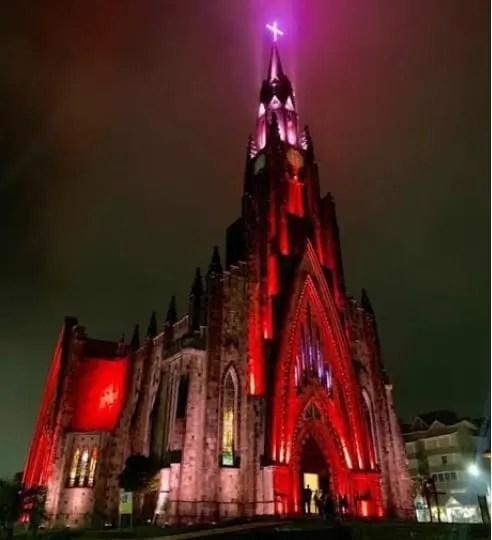 Catedral de Pedra de Canela recebe o Sino's Day!