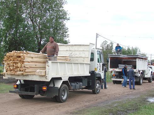 Entrega de materiales en Ciudad Nueva.