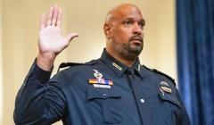 """Harry Dunn, oficial de policía del Capitolio: """"Un asesino a sueldo"""" envió insurgentes"""