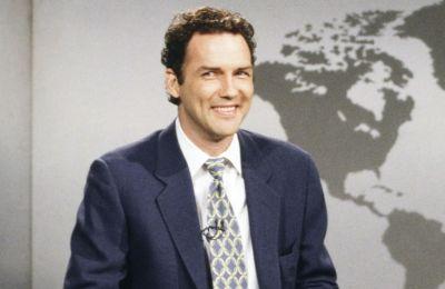 La actualización de fin de semana de SNL rinde homenaje a Norm Macdonald
