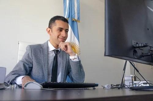 Conociendo a Víctor Gómes, el jóven abogado que quiere ser Convencional Constituyente por Metán