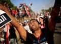 Este martes, las Fuerzas Armadas egipcias se desplegaron frente al Palacio Militar en Egipto para derrocar el gobierno de Mohamed Morsi. Centenares de personas salieron a las calles de El Cairo.