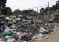 La basura colma calles de Ramo Verde