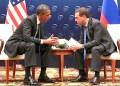 Unas pantallas muestran al presidente de Estados Unidos, Barack Obama, durante el cierre de la cumbre sobre seguridad nuclear en La Haya