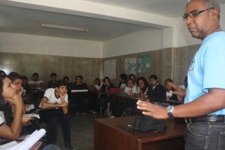 47 niños del sexto grado de la Unidad Educativa Nacional  Manuel Clemente Urbaneja participaron. ARCHIVO