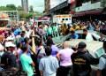 El accidente provocó fuerte retraso vehicular en el casco central de la capital mirandina. Los heridos fueron remitidos al HVS