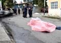 Dos hombres perdieron la vida luego de que dos tipos les dispararan y le prendieran candela al vehículo en el que ellos andaban