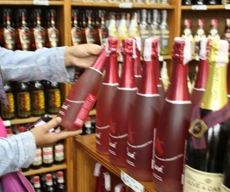 El vino más barato pasa los Bs. 390