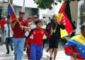 Más de 500 atletas de las universidades públicas de Los Altos Mirandinos hicieron su recorrido con la antorcha deportiva por las principales calles de Los Teques.