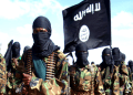 La organización terrorista Al Qaeda en la Península Arábiga (AQPA) amenazó ayer con atacar objetivos militares de Arabia Saudí