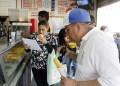 Los trabajadores con salario minimo no costean desayunos en la calle