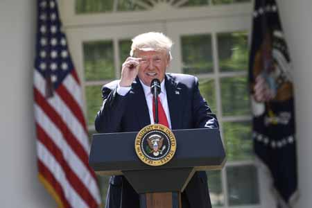Donald Trump anunció la retirada de Estados Unidos del Acuerdo de París contra el cambio climático,