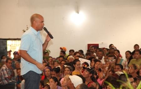 El candidato por el PSUV a la gobernación encabezó acto en el auditorio del Hospital General Dr. Victorino Santaella, en Los Teques.