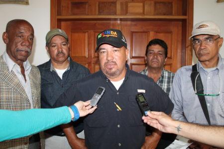 En rueda de prensa AP pidió votar por Rodríguez en Carrizal.