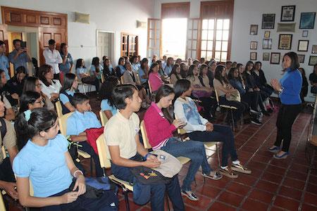 """Estudiantes carrizaleños participaron de  charla del programa """"Si te Apuras que Ganas"""""""