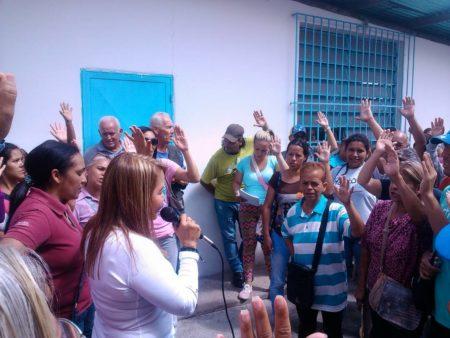Wisely Álvarez realizó asamblea de ciudadanos en Lagunetica