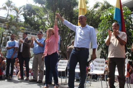 """Héctor Rodríguez: """"Wisely Álvarez es mi candidata, es la abanderada de la patria"""""""