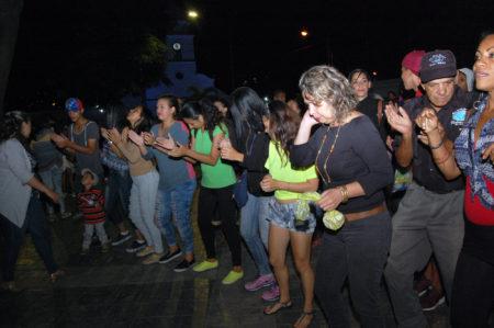 Carrizaleños dieron la bienvenida a la navidad de la mano del Comando Zamora 200