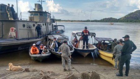 Rescatan cinco cadáveres tras naufragio de embarcaciones en el río Orinoco
