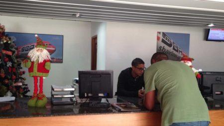 Pasajeros varados denunciaron la situación en las oficinas de La Urbina sin respuesta