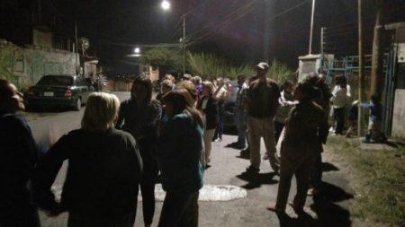 Tras embarque vecinos de El Limón amenazan con tomar sede de Hidrocapital