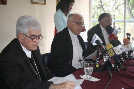 Conferencia Episcopal pide postergar el proceso ilegítimo del #20May
