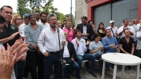 Ramos Allup: La dirigencia política debe reconectar con los problemas de los ciudadanos