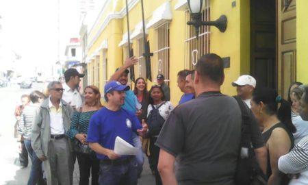 Trabajadores de la Gobernación de Miranda exigen  sueldos por encima de los 50 salarios mínimos
